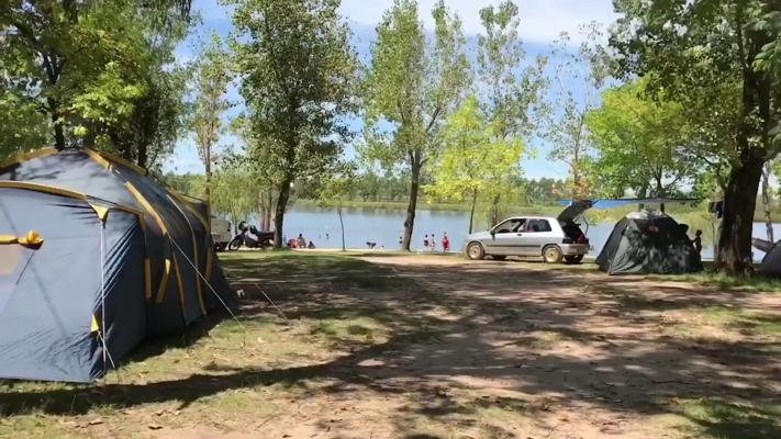 Zona de Camping El Sauce