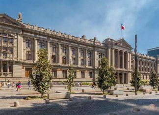 Visitar los Tribunales de Justicia